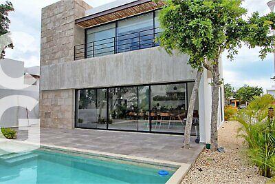 Casa en Renta en Cancun en Residencial Lagos del Sol con 4 Recamaras y Alberca