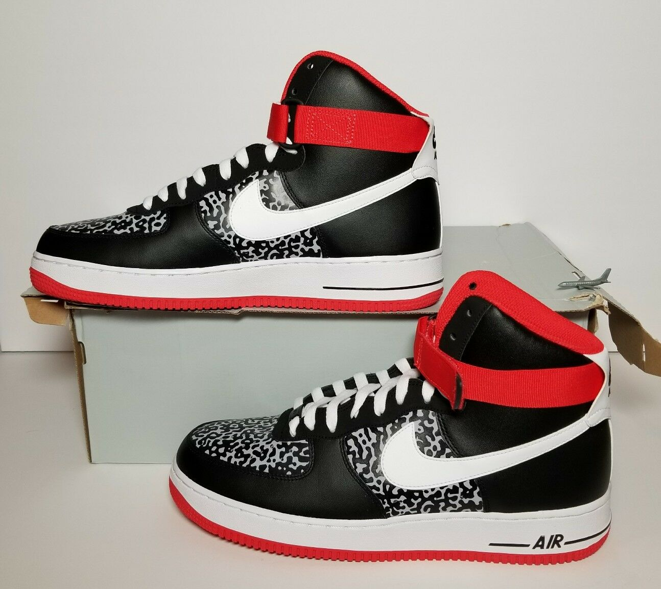 NIKE AIR FORCE 1 HIGH '07 MEN'S MULTIPLE SIZE NEW IN BOX 315121 025  The most popular shoes for men and women