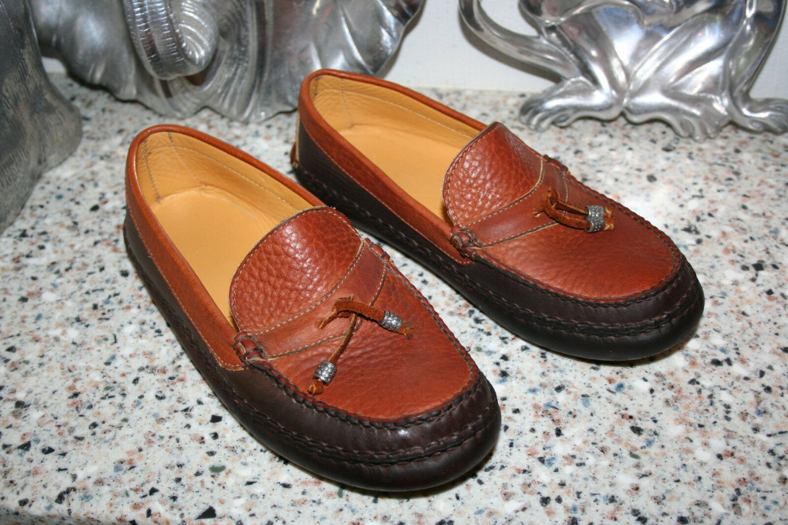 Willy Moccasin Slip On Tobacco scarpe Chocolate Trim Tassels Handsewn Dimensione 8  425