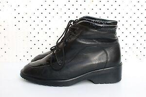 Size-UK-5-5-AU-8-5-Vintage-Ladies-Black-Leather-Patent-Rock-Laceup-ankle-boots