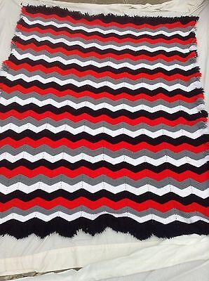 Handmade Knitted BlackWhiteRed Chevron Drawstring Tote Bag