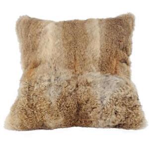 housse de coussin maison fourrure vraie de lapin oreiller en pleine peau canap ebay. Black Bedroom Furniture Sets. Home Design Ideas
