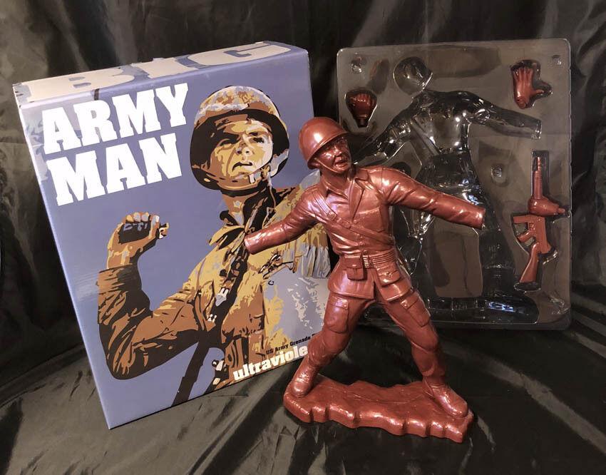 Frank Kozik Firmado Autografiado 17  Bronce gran hombre del Ejército Edición Limitada 50 Ultraviolence Nuevo En Caja