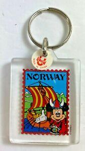 Vintage-Walt-Disney-World-Epcot-Norway-Mickey-Mouse-Plastic-Key-Chain