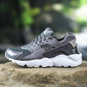 quality design 4272a f7772 Details about NIKE HUARACHE RUN GS GRADE SCHOOL GUNSMOKE GREY YOUTH GIRLS  WOMEN 654280-013