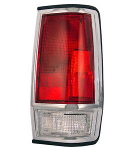 NEW-RIGHT-TAIL-LIGHT-FITS-NISSAN-720-RWD-85-86-26554-80W00-2655480W00-NI2809101