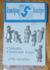 Selley #254 Firemen / Posed to Fight Fire (HO Scale) Light Cast Metal