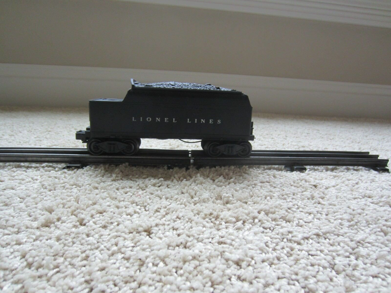 Lionel 6466W Post War Whistling Tender Immaculate