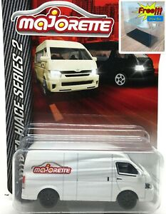 Majorette-Toyota-Hiace-White-1-69-216C-Free-Display-Box