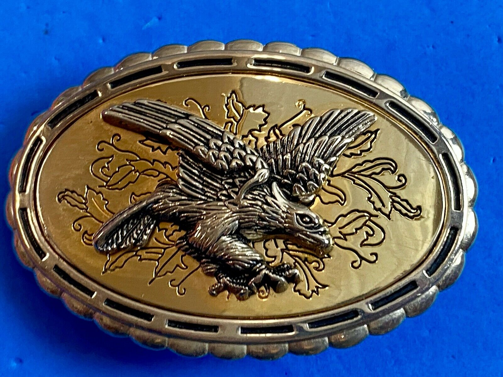 DIFFERENT - attacking eagle on western belt buckle