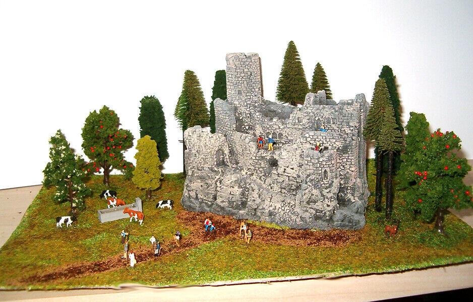Diorama Noch in scala N  1 160  Rovine del Castello 33 x 21 cm. Nuovo