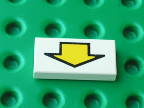 Set 5591 6983 6741 6956 6464 LEGO space white Tile with Arrow Pattern 3069bp13