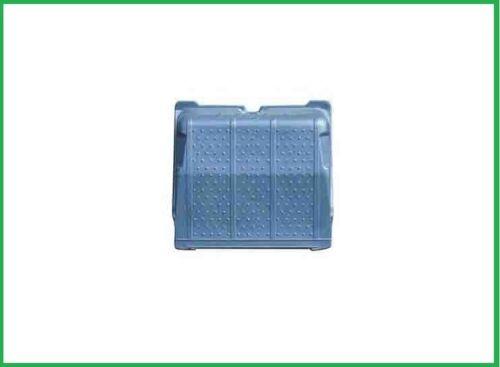 Batterieabdeckung passend für Mercedes 1735  Abdeckung Batteriedeckel 6205410303