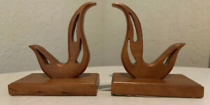 Pair-of-Beautiful-Vintage-Mid-Century-Modern-Carved-Solid-Wood-Bookends