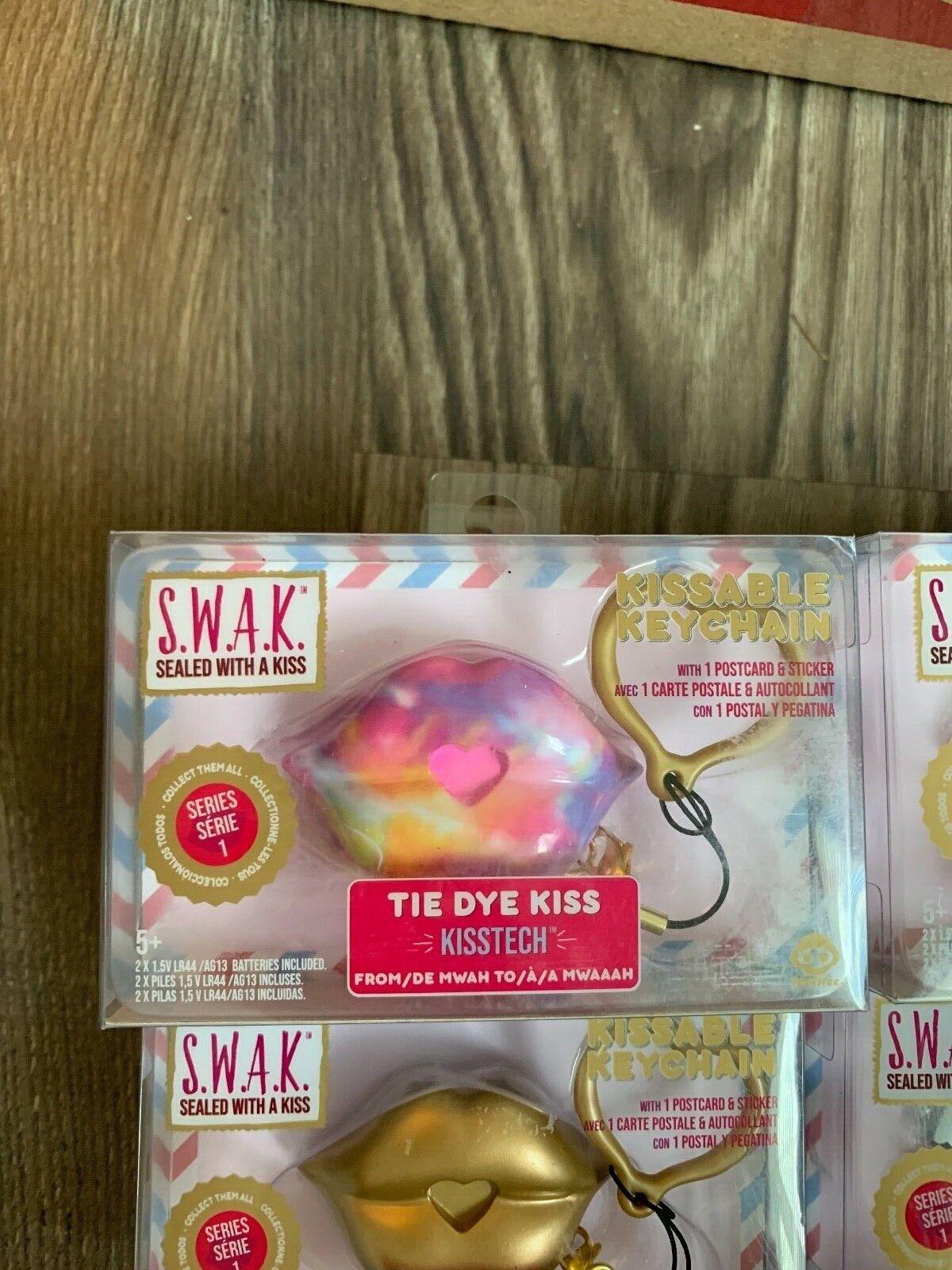TIE DYE KISS Keychain with Interactive Sound SWAK Wowwee S.W.A.K