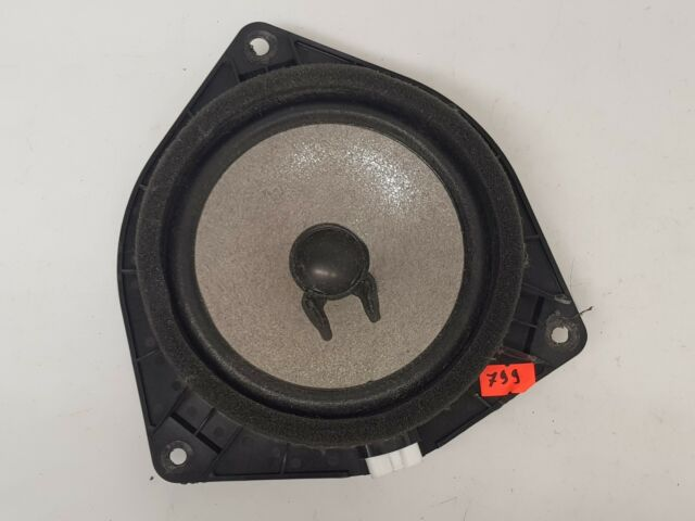 TOYOTA COROLLA VERSO 2006 LHD REAR LEFT RGHT SIDE DOOR SPEAKER OEM 86160-0F030