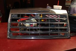 NOS 1983 Ford Thunderbird front grill chrome ornament