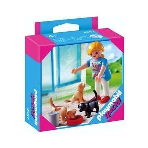 Playmobil-4687-Especial-Mujer-con-perritos-City-Life-Frau-Mit-Welpen
