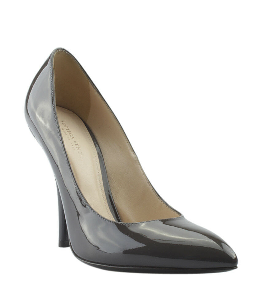 Bottega Veneta grau Patent Leather Pumps, Größe 6