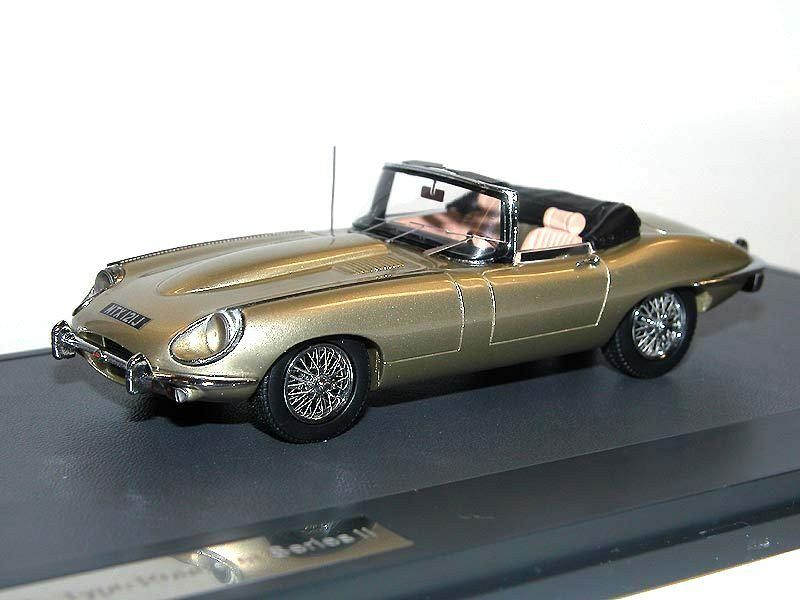 MATRIX Scale Models 1970 Jaguar E-Type Series II Roadster metallic gold 1 43