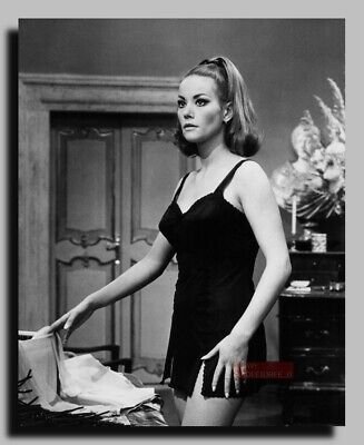 HV-0521 ACTRESS CLAUDINE AUGER PIN UP JAMES BOND 007 GIRL