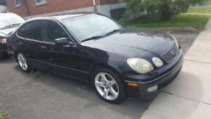 Lexus GS-400 1998 Noir tout euipe seiges en cuir toit ouvrant