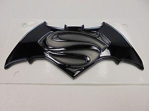2016 jeep renegade new special edition justice emblem batman vs superman mopar ebay. Black Bedroom Furniture Sets. Home Design Ideas
