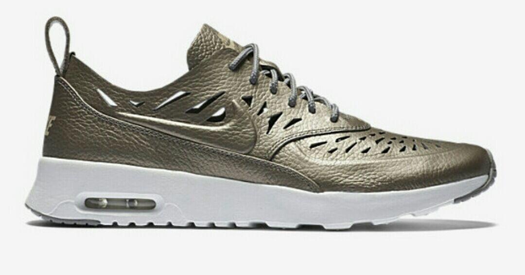 NIKE AIR MAX THEA JOLI 725118-002 Metallic Pewter Dust Off White Womens Sneakers