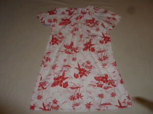 5f852fc7a6ec Image is loading VINTAGE-HAWAIIAN-AIKANE-WOMANS-FLORAL-DRESS-RED-WHITE-