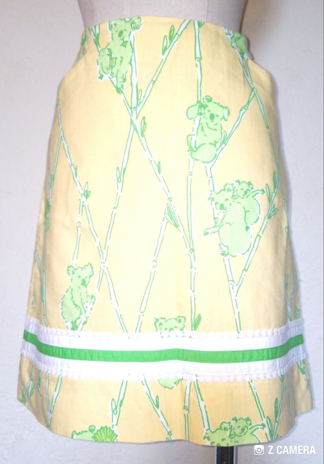 Lilly Pulitzer  Koala Yellow and Green Vintage Skirt Size 6