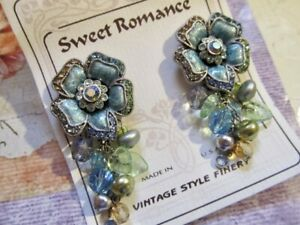 Antique-Style-SWEET-ROMANCE-Rhinestone-Flower-Crystal-Glass-Dangle-Clip-Earrings