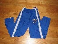 Boys Uk Kentucky Wildcats Tearaway Athletic Pants L 16-18 University Youth