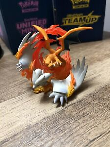 Pokemon-TCG-Reshiram-amp-Charizard-Collection-Box-Official-Figure-Figurine