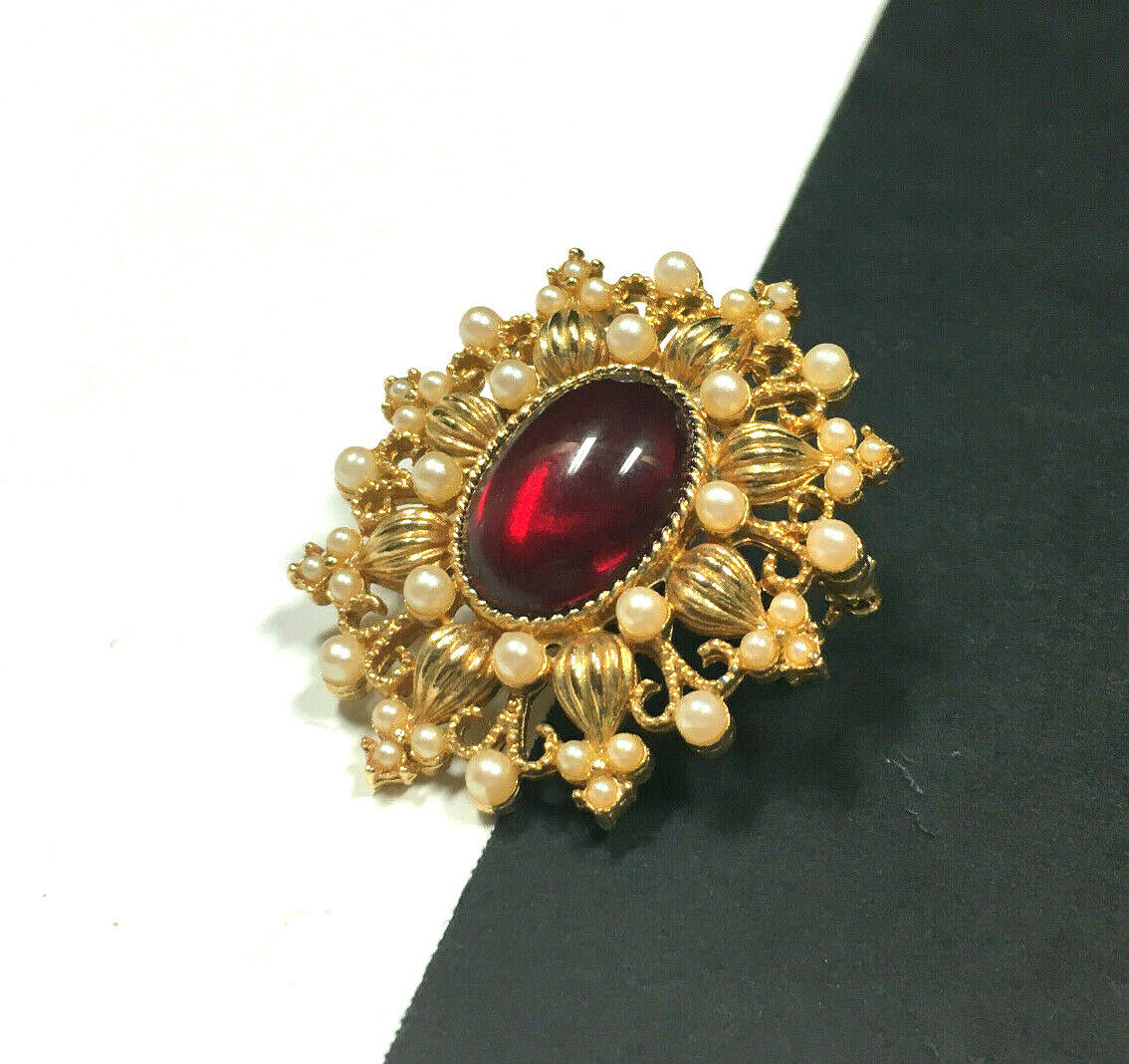 Vintage VICTORIAN STYLE Pearl & Red Cabochon Broo… - image 3