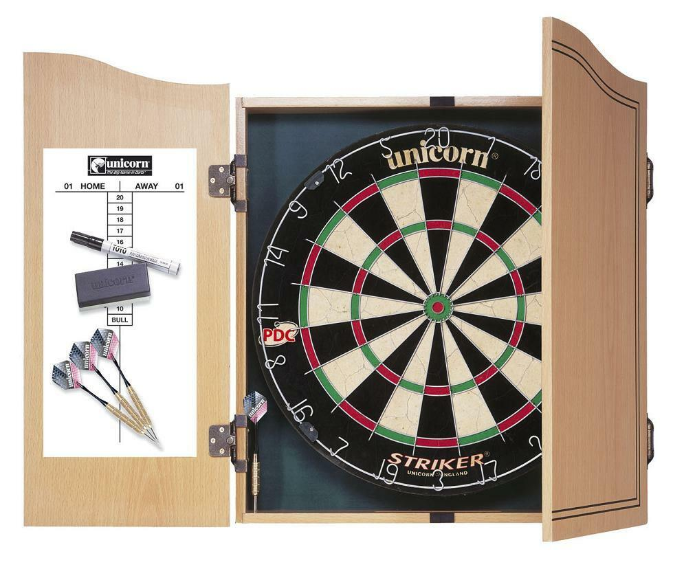 Unicorn Dartscheibe Bristle Dartboard Striker Set + 2 Sätze Darts + Holzkabinett