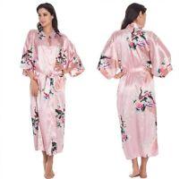 Kimono En Satin De Soie Robe De Chambre Rose Avec Ceinture Motifs Paon Et Fleurs