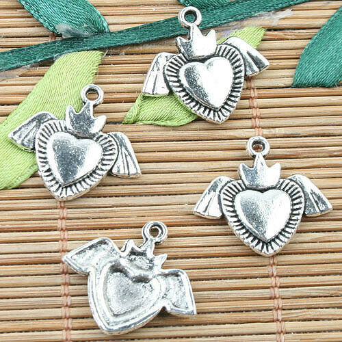 Alloy metal Tibetan Silver color heart with wings design charms 40pcs EF0032