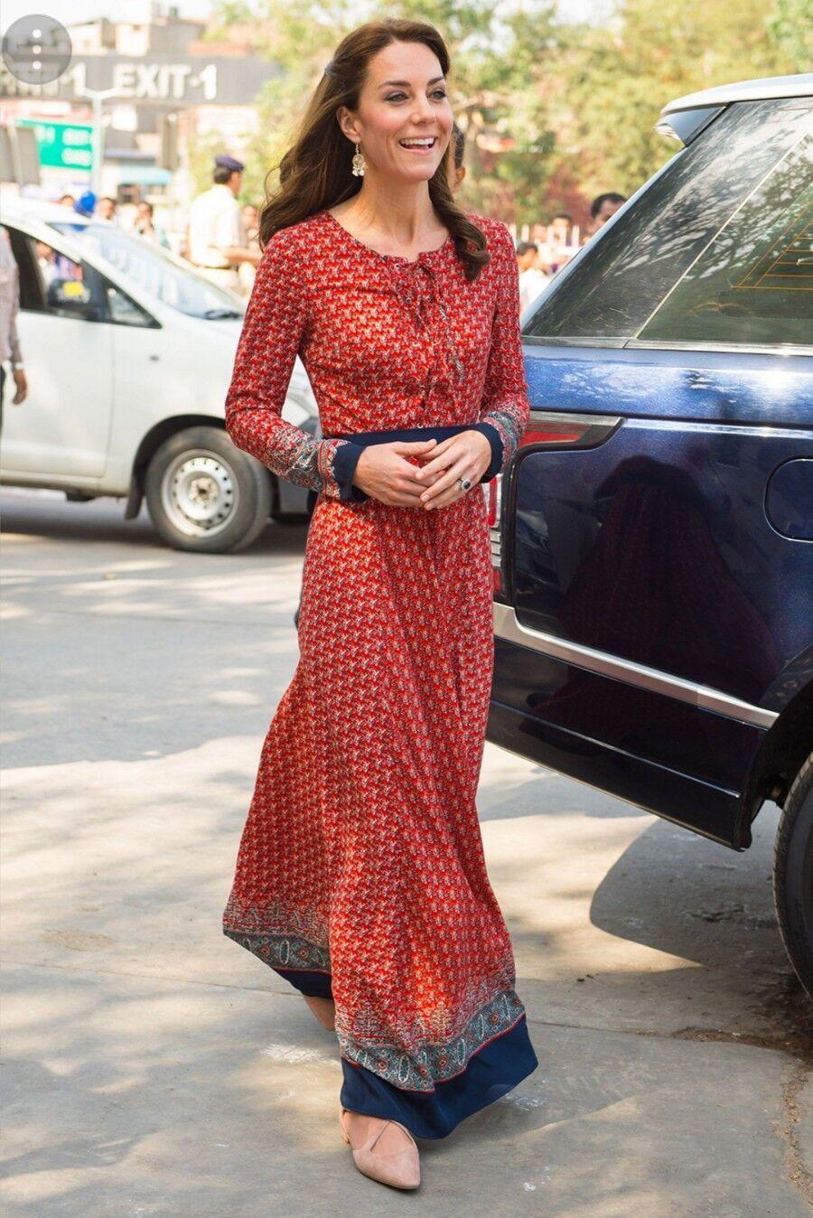 Glamgoldus Royal Sari Maxi Dress, Size M. BNWT. Stunning