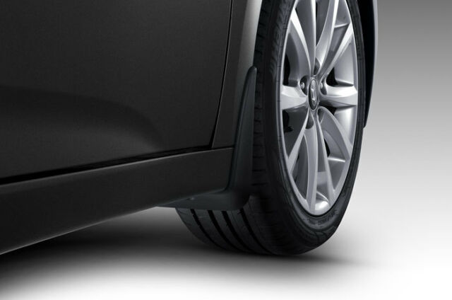 Genuine Hyundai i40 Saloon / Tourer Front Mud Flaps 3ZF46AC000