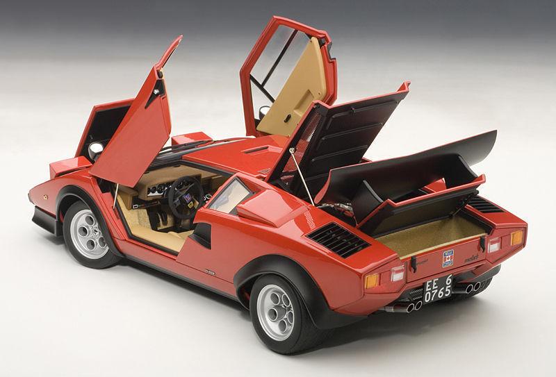 Autoart 1974 Lamborghini COUNTACH Lp500 S Walter Wolf Edición RedVitrina