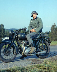 """STEVE MCQUEEN ON TRIUMPH MOTORCYCLE GERMANY /""""THE GREAT ESCAPE/"""" 8X10 MOVIE PHOTO"""