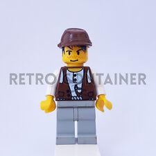 LEGO Minifigures - 1x adv014 - Mike - Adventurers Omino Minifig 5987 5975 5921