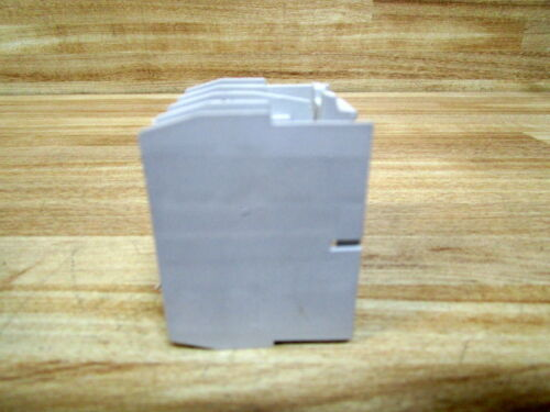 Pack of 3 Cutler Hammer C320KGT15 Eaton Auxillary Contact