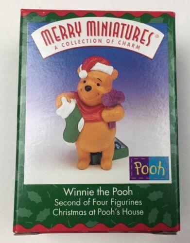 Hallmark Merry Miniatures 1999 Winnie the Pooh #2 in the series ~  NIB