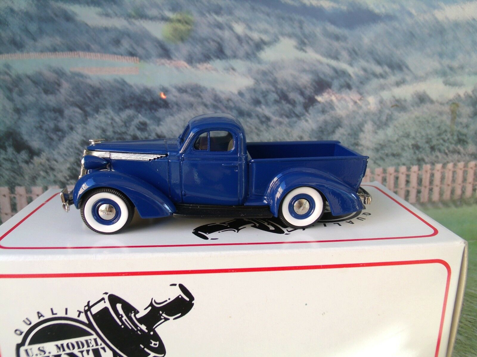 1/43 modelo de Estados Unidos 2018 Studebaker Coupe Pick Up 14 Blanco De Metal