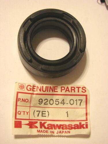 NOS Kawasaki Crankshaft Oil Seal H1 MACH III 92054-017