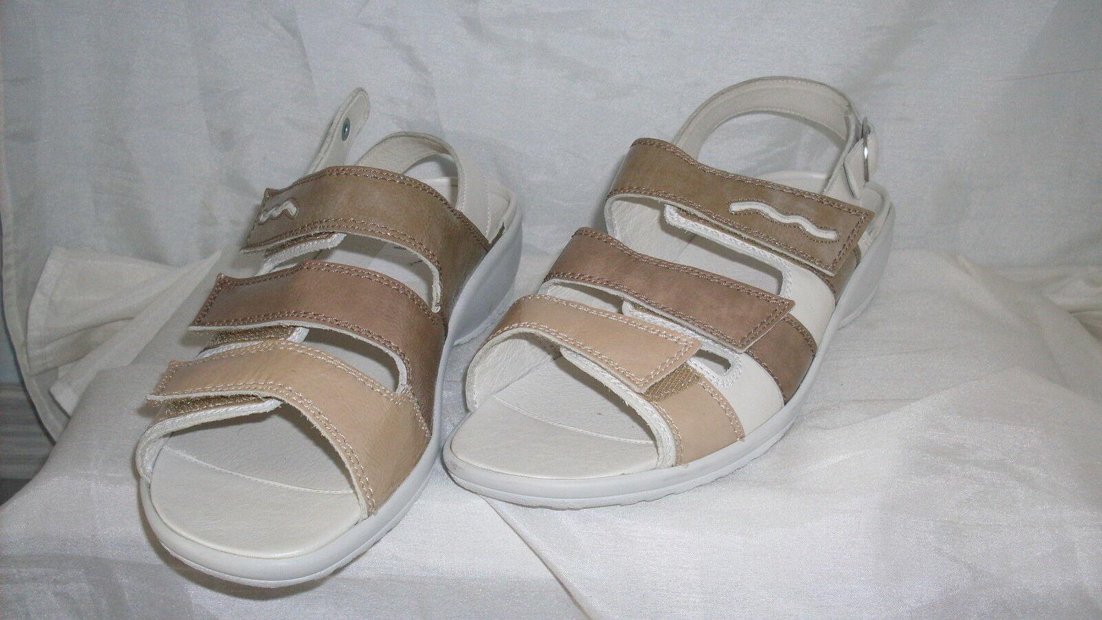 Rôdeur Velcro Été Sandale Neuve Taille 7 40,5 H en blanc taupe vernis & cuir