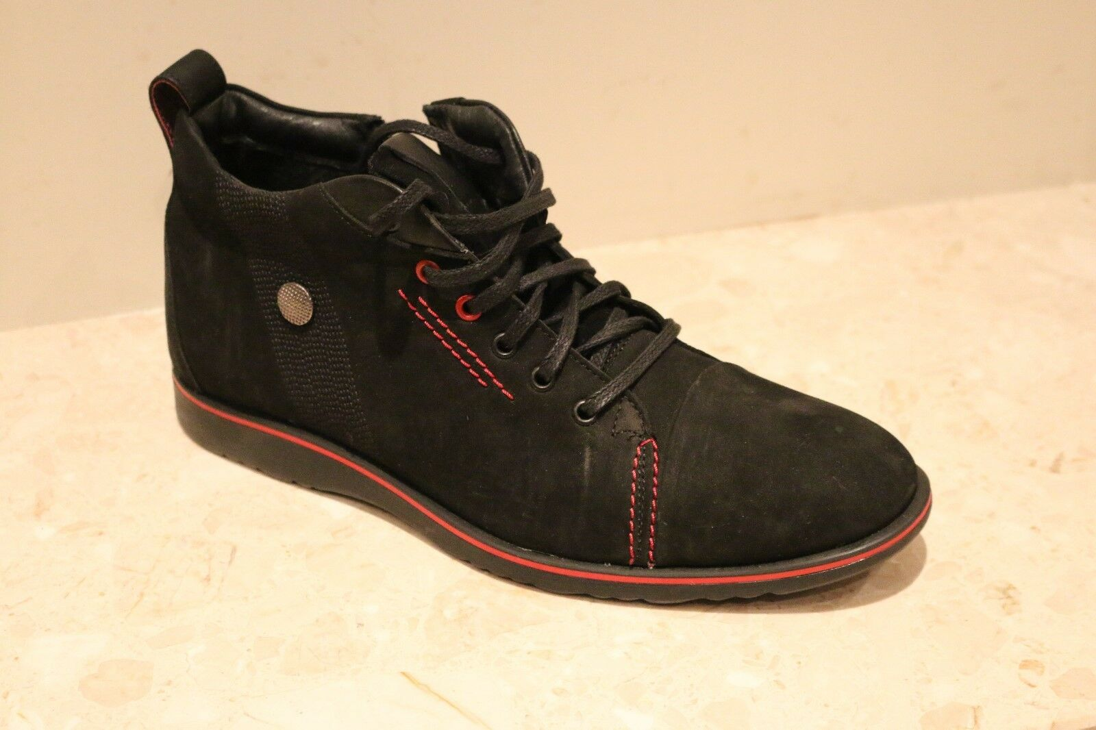 LEMAR  100% MENS LEATHER SHOES CASUAL FORMAL CAN WEAR WITH THE JEANS ON,USE FO