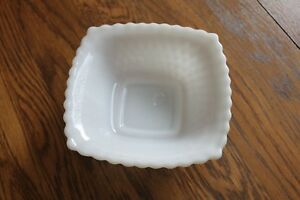 Milk-Glass-English-Hobnail-Diamond-Point-Square-Candy-Dish-6-5-x-6-5-inches