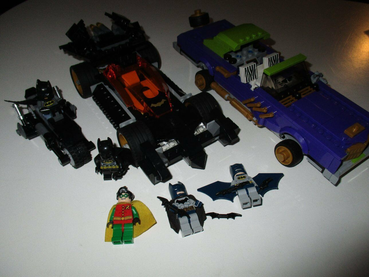 LEGO Super Heroes Batman Konvolut Batmobile Batbike Jokermobile + 5 Minifiguren
